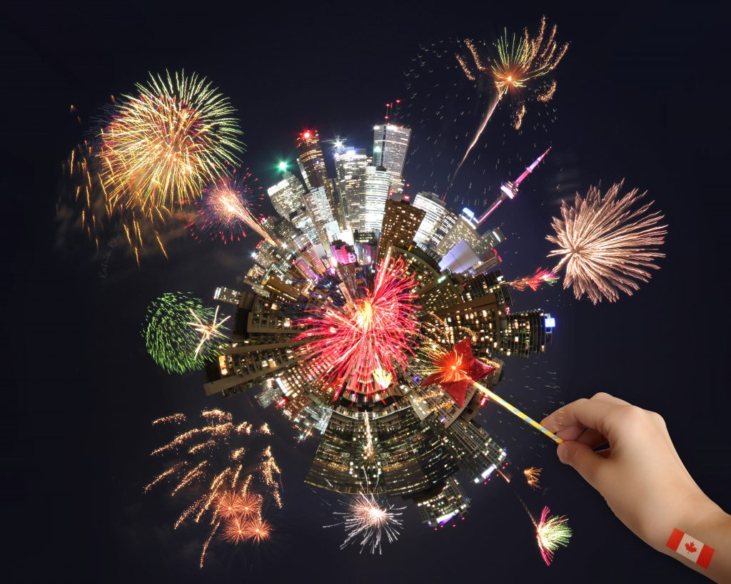 Toy-ronto Globe with Fireworks Magic