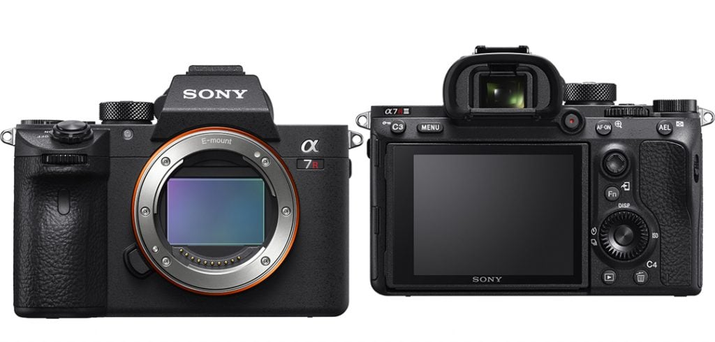 a7R III front and back
