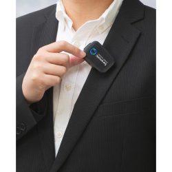 Saramonic Blink 500 B4 clipping on shirt