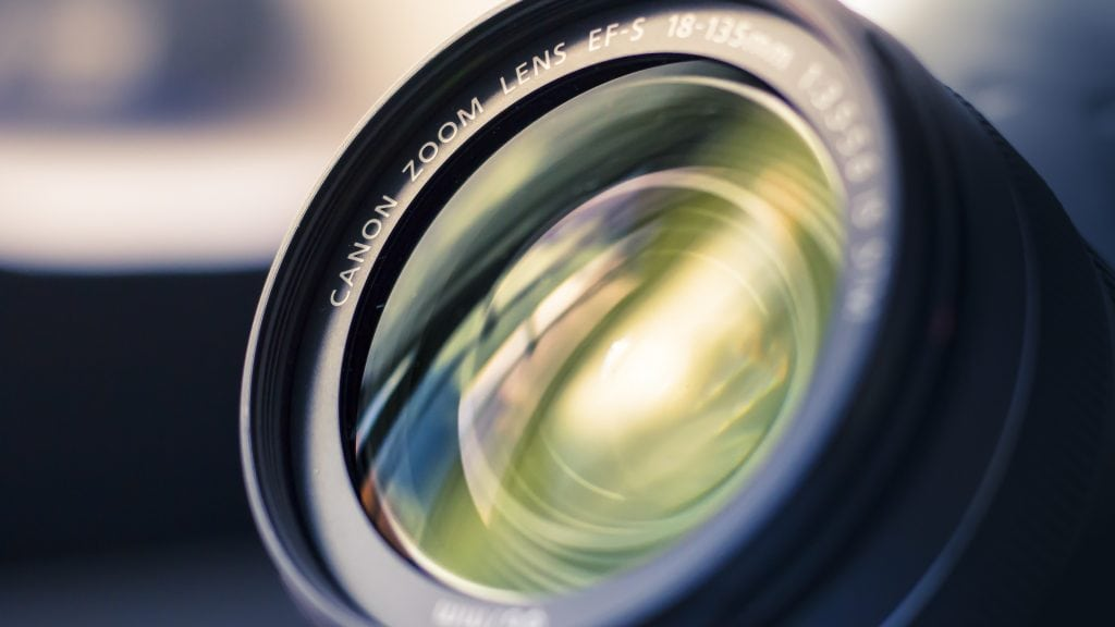 Buying Used Photo Gear - Camera Lens
